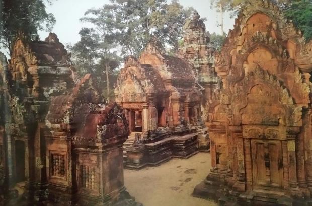 Name:  Bantay Srei.jpg Views: 170 Size:  53.2 KB
