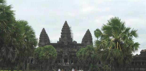 Name:  Angkor ulaz-1.jpg Views: 247 Size:  24.7 KB